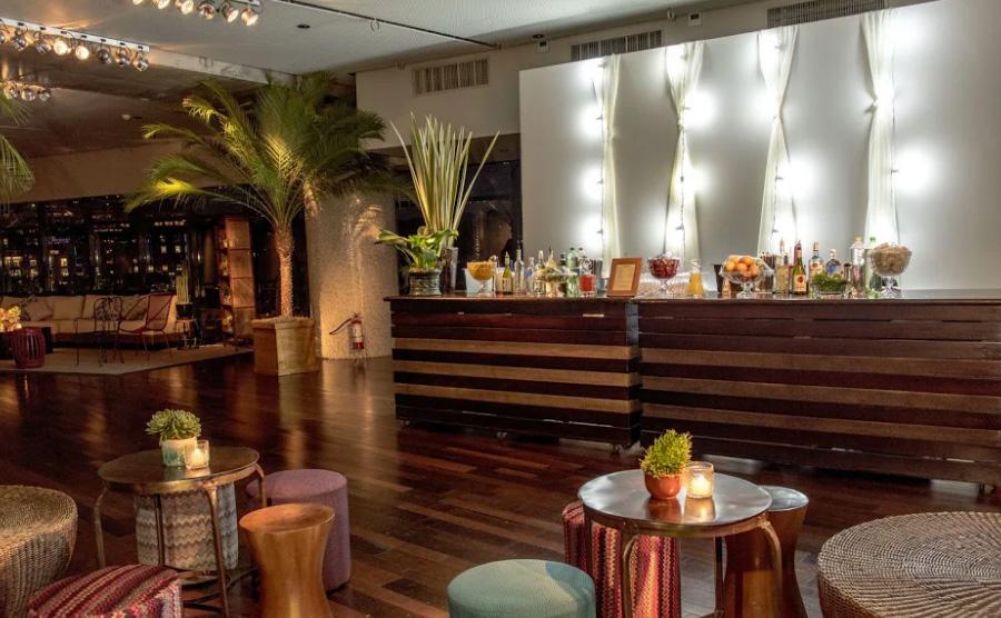 Bar e lounge Festa de Confraternização Trio Pérgola